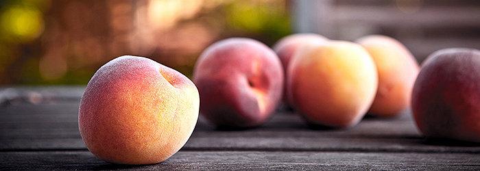 De acordo com um estudo da Texas A&M, frutas de caroço como pêssegos, foram indicadas para evitar doenças relacionadas à obesidade