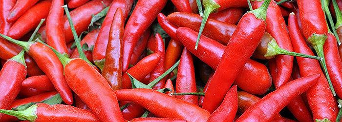 A pimenta é utilizada para limpeza, desintoxicação, dietas, temperos, além de servir para estimular a circulação e neutralizar a acidez