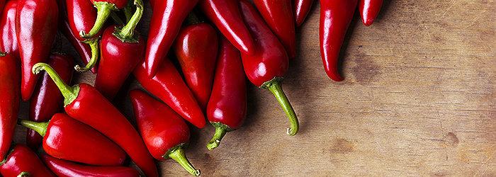 As pimentas fazem parte dos alimentos termogênicos. Elas induzem uma sensação de plenitude e saciam o seu apetite.